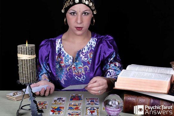 Professional Tarot Readings - Psychic Tarot Answers
